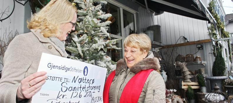 Overraskende julegave til Nøtterø Sanitetsforening fra Gjensigdigestiftelsen.