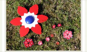 Sett en maiblomst på jakka og nyt våren
